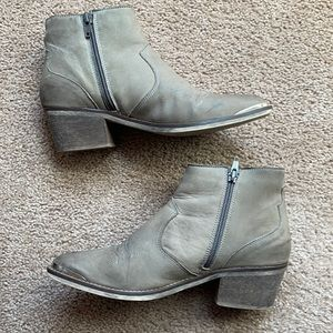 Steve Madden Cowboy ankle booties
